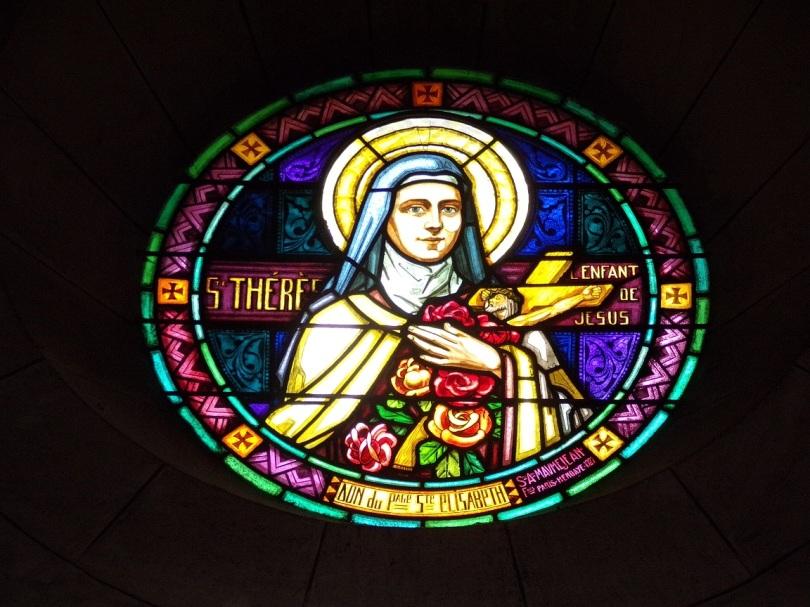 Eglise Saint Antoine – Le vitrail 'Ste Thérèse, l'Enfant de Jésus' (19 mars 2021)