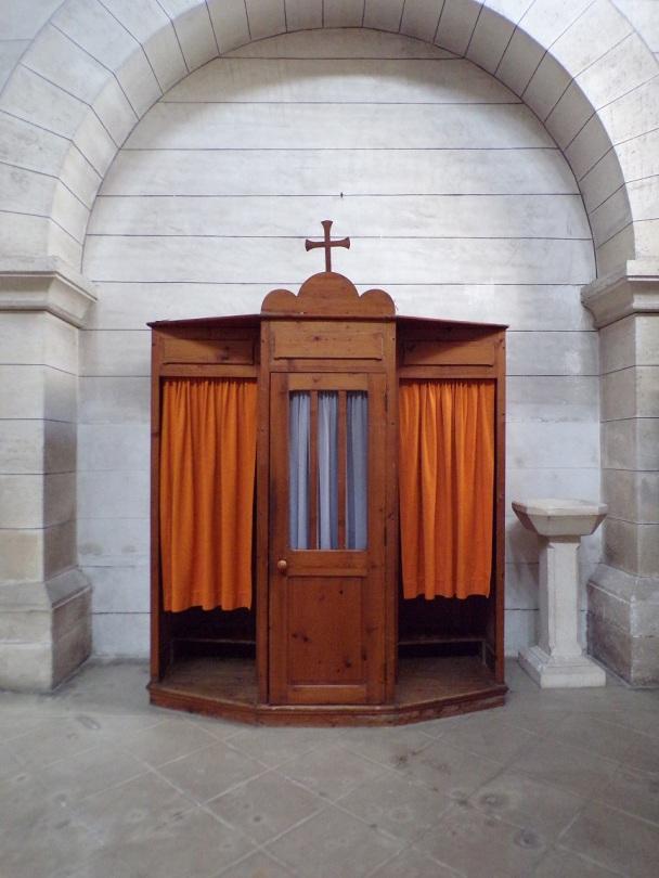 Eglise Saint Antoine – Un confessional (19 mars 2021)