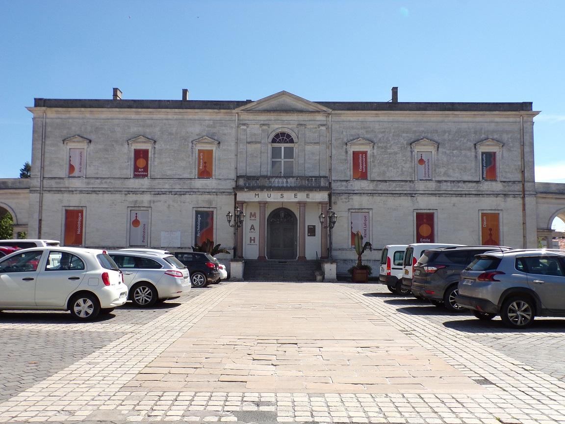 Boulevard Denfert-Rochereau - Le Musée (10 juin 2021)