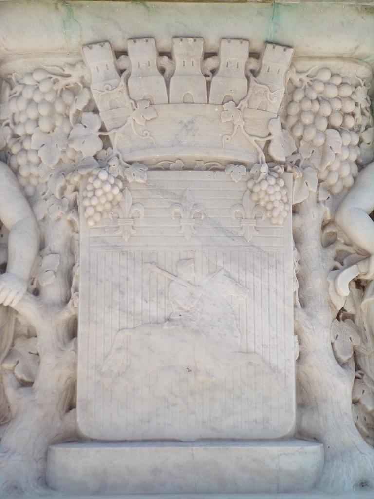 place François Ier - La statue équestre François Ier (21 juillet 2021)