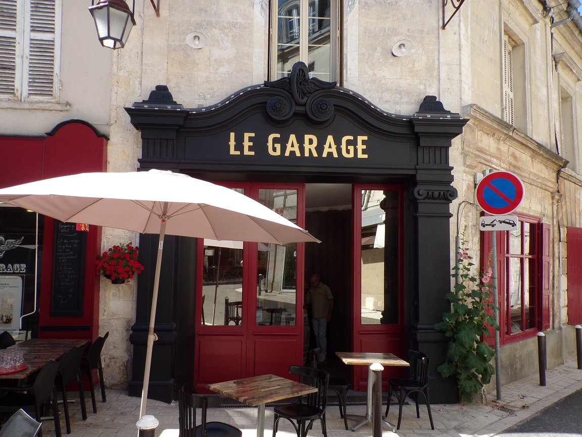 rue de l'Isle d'Or - Ancien garage Drouneau (15 juin 2021)