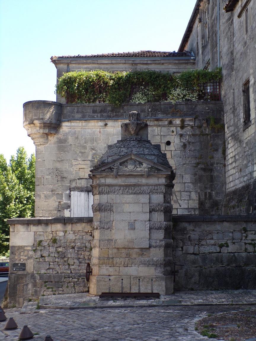 Le château - La fontaine (15 juin 2021)
