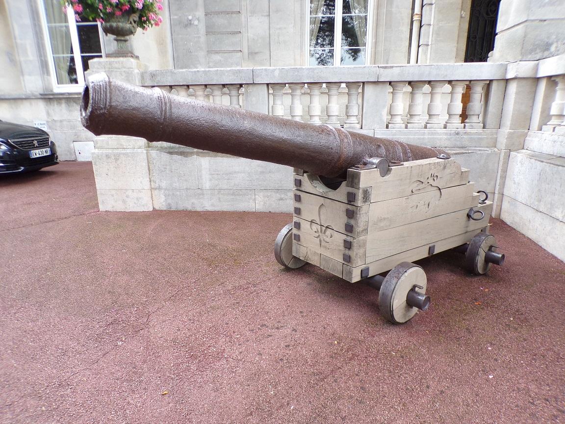 Canons offerts par Louis XVI (3 août 2021)