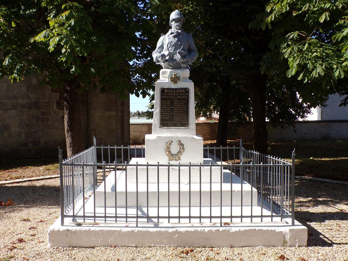 Le monument aux morts (12 septembre 2021)